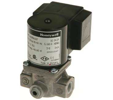 "Honeywell V4295S1005 Solenoid Valve 120V Normally Closed 2psi 3/4"" NPT"