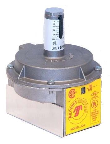 "Antunes JD-2 Industrial Air Pressure Switch Purple Spring 0.1-10"" W.C. 1/8"" NPT"